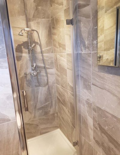 Shower installed in Oxford